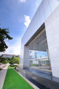 corporate_architecture_buildings_bangalore_embassy_IBM_india_bharat_aggarwal_photography_exterior_www.bharataggarwal (13)