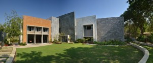 gurjit_matharoo_ahmedabad_architect_house_farmhouse_Interior_exterior_architecture_rooms_photography_bharat_aggarwal_ (8)
