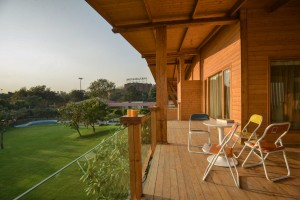 archohm_interior_architecture_noida_india_photography_bharat_aggarwal_exterior_delhi_wooden_house_wood (12)