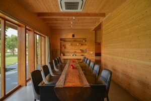 archohm_interior_architecture_noida_india_photography_bharat_aggarwal_exterior_delhi_wooden_house_wood (3)