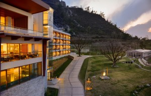 marriott_mussoorie_hotel_gautam_rode_Interior_exterior_architecture_hospitality_rooms_restaurant_spa_photography_bharat_aggarwal_ (15)